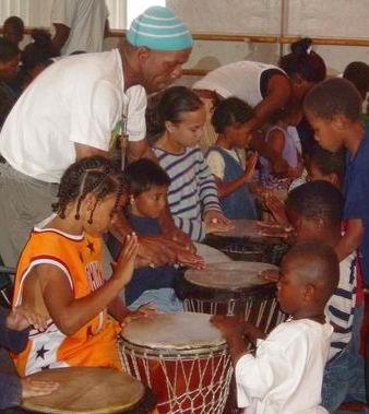 Tacuma King Teaching Young Drummers